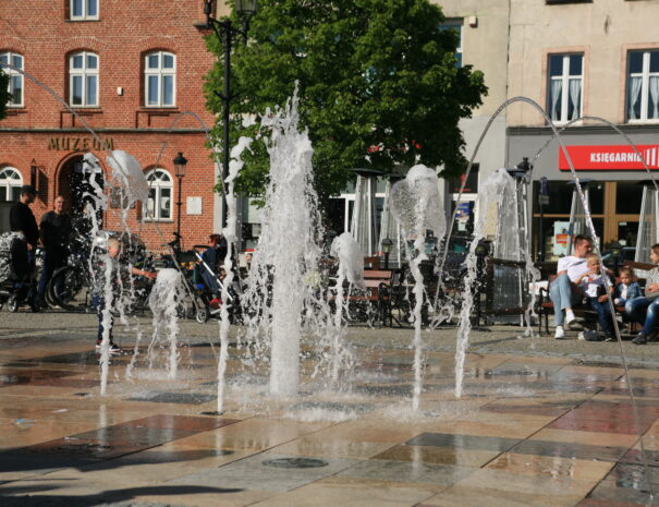 koscierzyna-atrakcje-kaszuby-fontanna